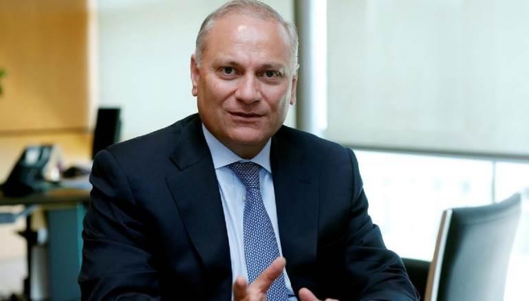 """مدير عام """"بلوم بنك"""": السياسيون اللبنانيون هدّدونا لتهريب أموالهم"""
