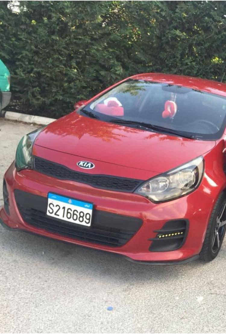 سرقة سيارة كيا في مدينة صيدا ليلا
