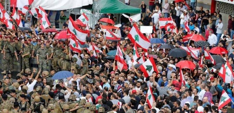 """بين """"فورة الغضب"""" واستهداف رئيس الجمهورية... الجيش لن يتورط في المشاحنات"""