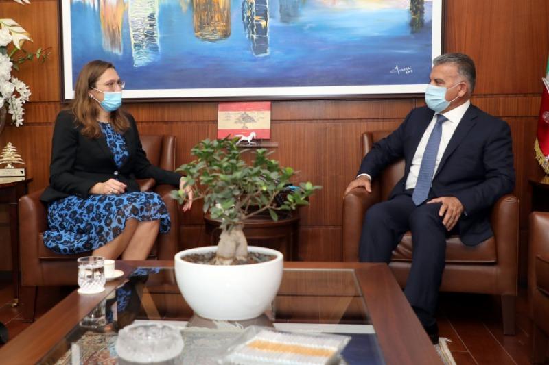 اللواء إبراهيم استقبل السفيرة جول وعرض معها الأوضاع العامة