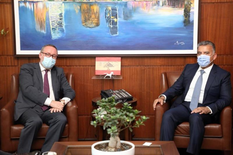 اللواء عباس إبراهيم يستقبل سفير النروج