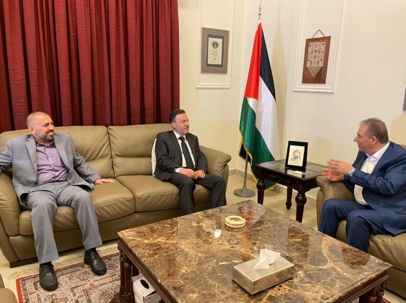 السفير دبور يستقبل وفداً من الحزب السوري القومي الاجتماعي