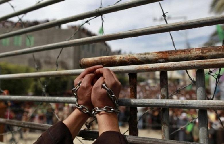 بينهم امرأة.. 16 صحفياً فلسطينياً في سجون الاحتلال