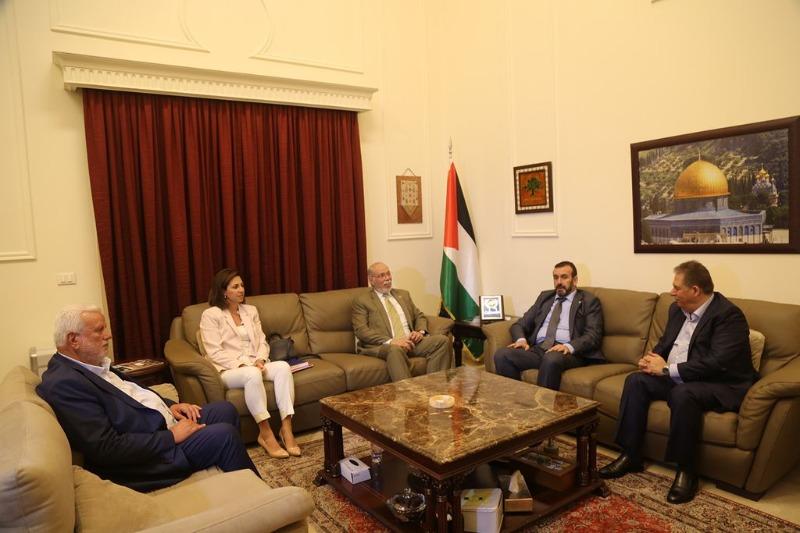 لقاء تضامني في سفارة فلسطين السفير دبور استقبل سفيري فنزويلا والجزائر