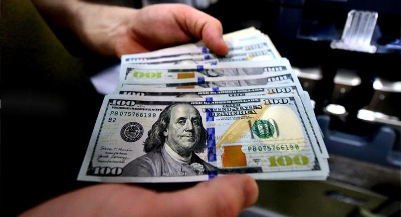 كم بلغ سعر صرف الدولار في السوق السوداء اليوم؟