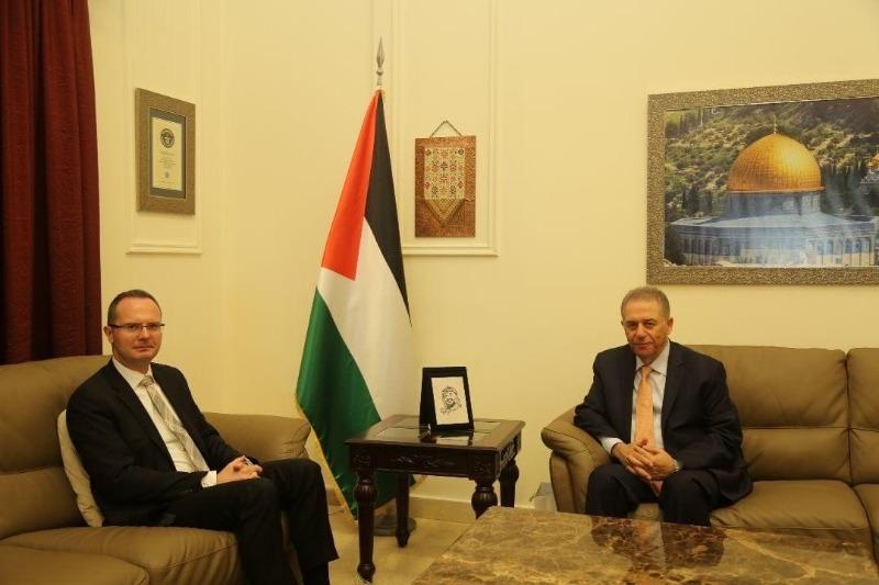 السفير دبور يستقبل السفير التركي في لبنان