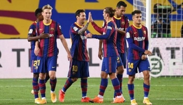 """إتحاد كرة القدم الفلسطيني يستنكر قرار نادي """"برشلونة"""" خوض مباراة ودية أمام """"بيتار"""" العنصري"""