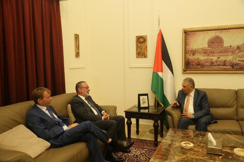 السفير دبور يستقبل السفير النرويجي في لبنان