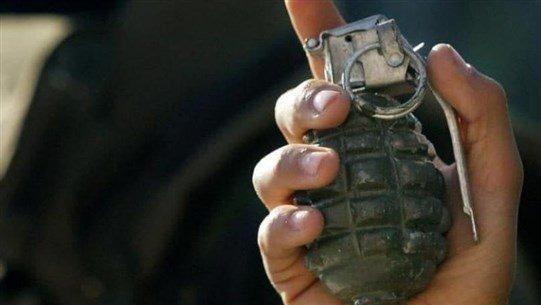 في الجية... انفجار قنبلة يدوية بعامل سوري كان يجمع الحديد