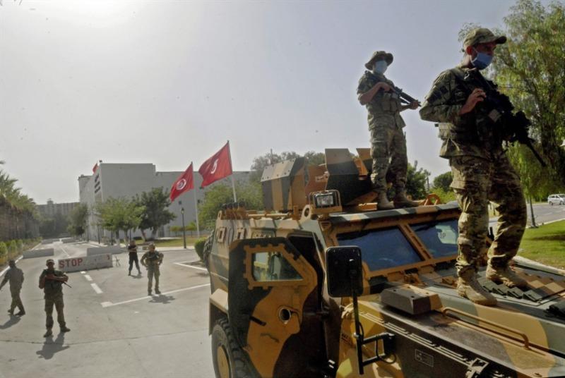 «انقلاب» تونس في عيون العالم: واشنطن قلقة على الصحافة