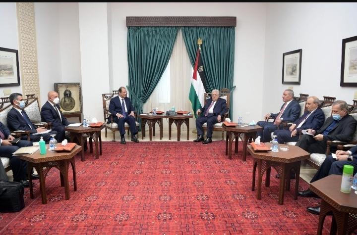 الرئيس عباس يستقبل رئيس جهاز المخابرات العامة المصرية