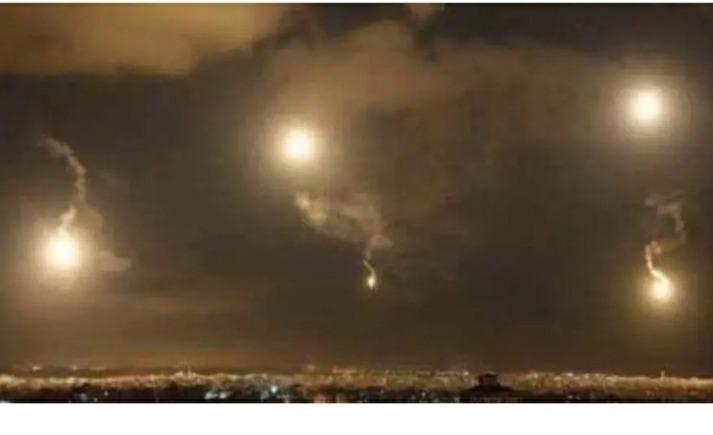 اعلام عبري: بقايا صاروخ أطلقته دفاعات سوريا خلال غارة الاحتلال سقطت بالأردن