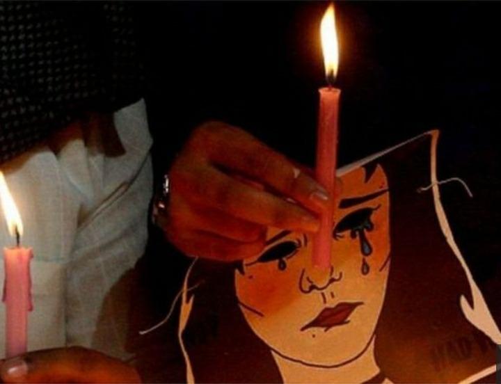 بعدما اغتصبها برلماني.. اشعلت النار بجسدها في بث مباشر