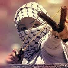"""""""مركزية فتح"""": خوف حماس الاخوانية من الكوفية الفلسطينية لأنها رمز للهوية الوطنية والثورة الفلسطينية"""